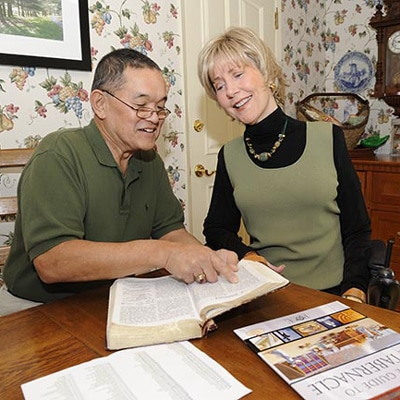 Ken and Joni Reading the Bible